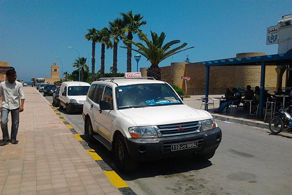 http://orientini.com/uploads/Taxi_touristique.png
